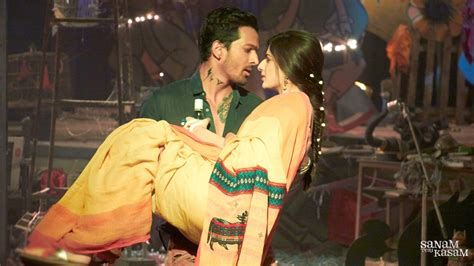 sanam teri kasam wallpaper free download sanam teri kasam movie stills wallpapers 1024x576 208893