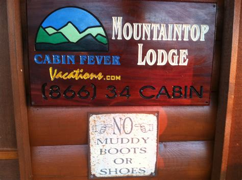 Cabin Fever Pigeon Forge Tn by Faith And Family Reviewscabin Fever Vacations Pigeonforge
