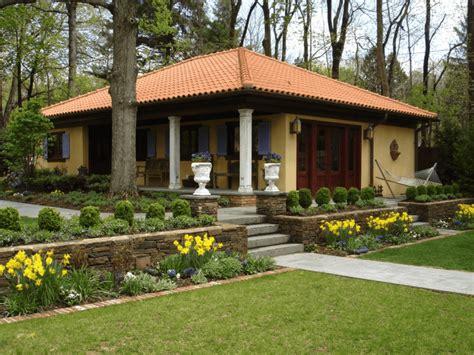 Colonial Trim by Casa De Campo Como Projetar Arquidicas