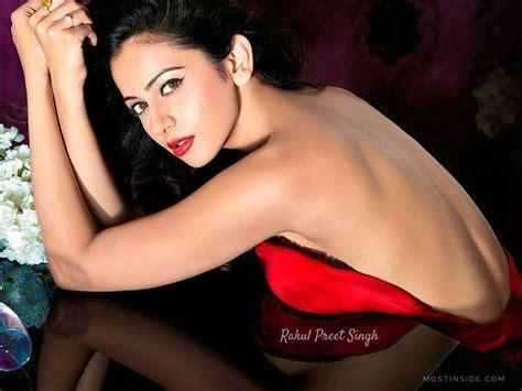Rakul Preet Singh Hot Bikini Images Latest Sexy Photo