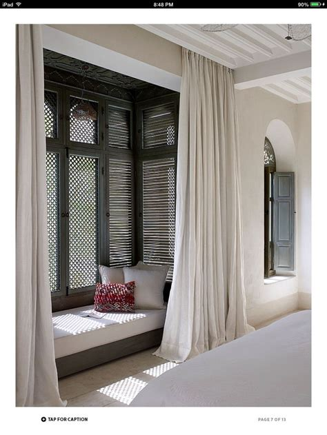 curtains for a bay window with window seat 25 best ideas about window seat curtains on pinterest