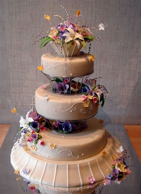 Beautiful Wedding Cakes Pictures by Beautiful And Creative Wedding Cakes 35 Pics Picture