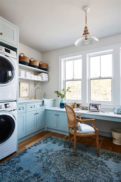 Sarah off the Grid: Laundry Room & Upper Hall