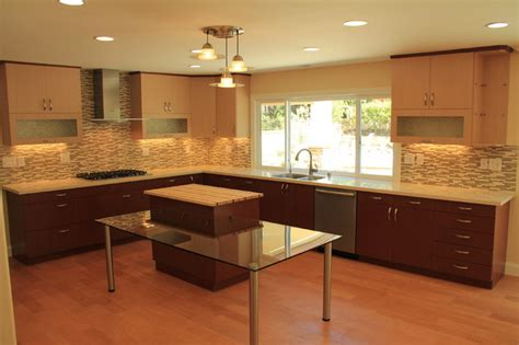 pictures of kitchens modern two tone kitchen cabinets modern kitchen with veneered two tone cabinets modern