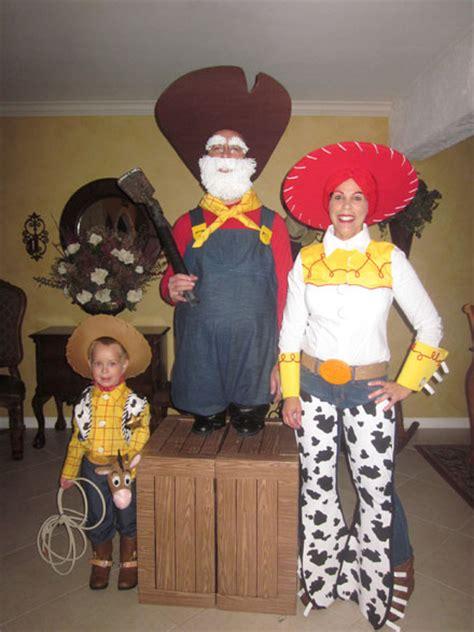 halloween costume contest cash prizes