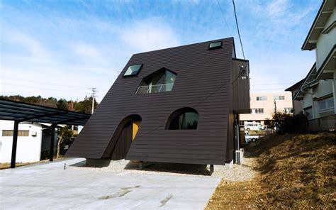 porn house mamiya shinichi design studio interprets slash as house