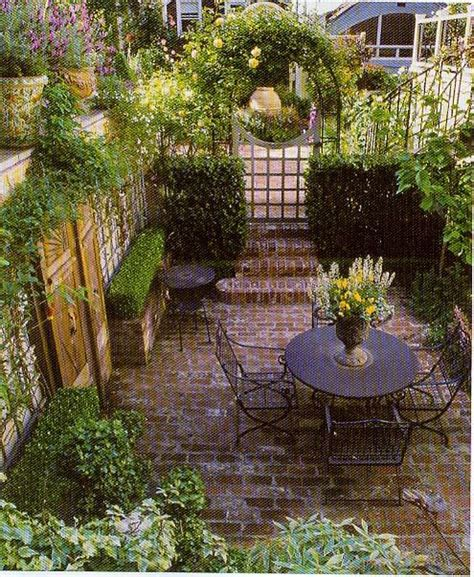 Small Patio Gardens by Small Backyard Home Design Idea