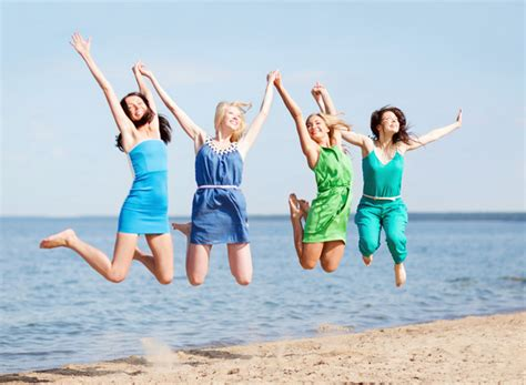 happy friends 4 simple ways to be happier