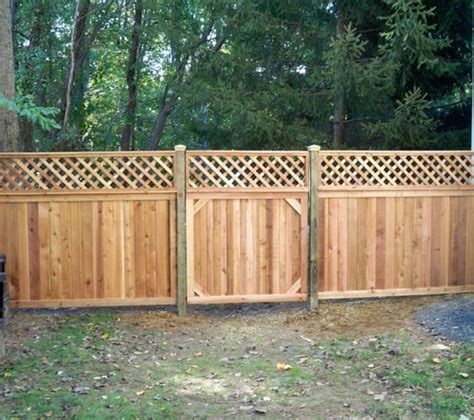 Design For Lattice Fence Ideas Privacy Fence With Lattice Toppers Diy Ideas