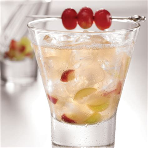 10 Tasty Mixed Drinks For Fall by 10 Tasty Vodka Drinks