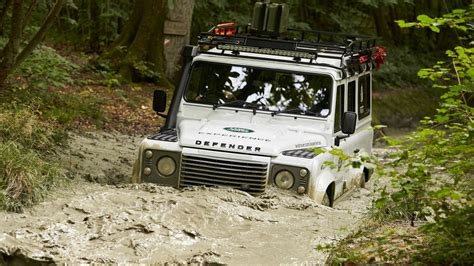 land rover explorer land rover eastnor explorer motor1 com photos