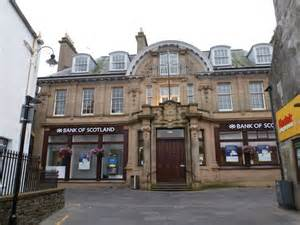 bank of scotla lerwick bank of scotland 169 chris downer cc by sa 2 0