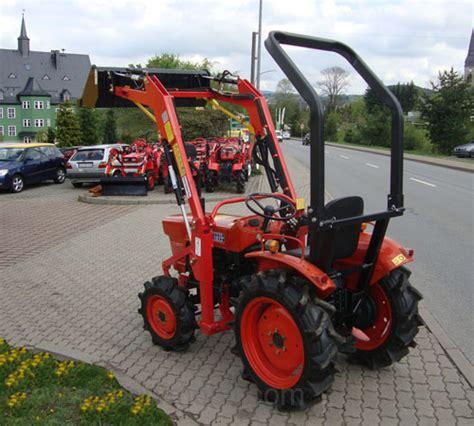 Traktor Neu Lackieren Kosten by Kleintraktor Allrad Traktor Kubota L1501dt Frontlader Neu
