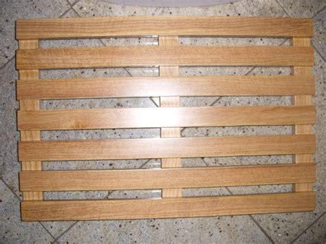 Wooden Duckboard Bath Mat by Wooden Slatted Duckboard Bathroom Mat Oval Or Rectangular