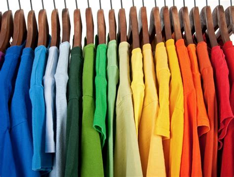 How To Organize A Closet By Color by How To Organize A Closet By Color Home Design Ideas