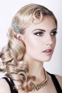 diy 1920s flapper hairstyles great gatsby hair tutorial a vintage wedding guide