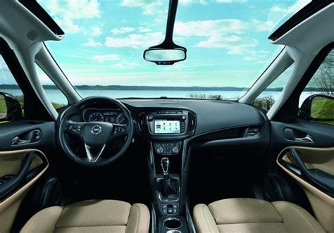 opel zafira interni nuova opel zafira prezzi e versioni della monovolume a 7