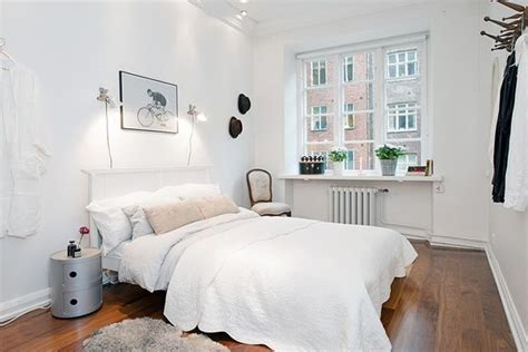60 Unbelievably Inspiring Small Bedroom Design Ideas 1000 Ideas About Small Desk Bedroom On