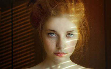 this model got an eyeball light skin with green www pixshark