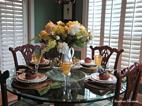 Table Scapes | a southern blossom tablescapes