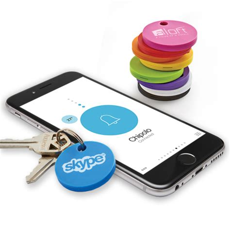 Technology Giveaways - revolutionary bluetooth item finder helps you keep your eye on your valuables attach
