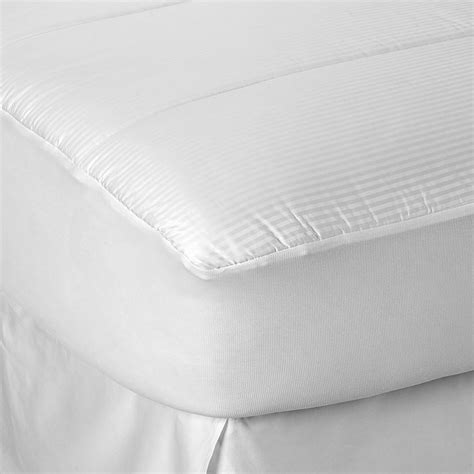 bed bath pillow top mattress pad buying guide to mattress pads toppers bed bath beyond