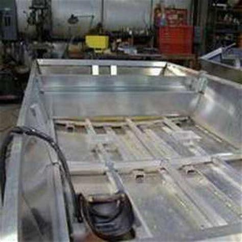 do larson boats have wood floors lash barge houseboats