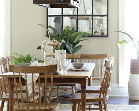 centerpieces for dining room tables centerpieces for your dining room how to decorate