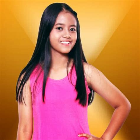 biografi hanin dhiya rising star biodata dan foto lengkap hanin dhiya rising star indonesia
