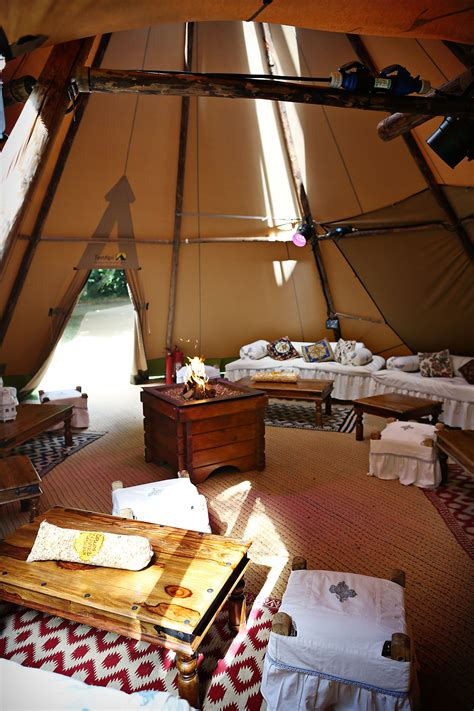 chill out area relaxed furnishings tipi wedding