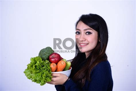 Diet Mengurangi Berat Badan raih berat badan ideal dengan diet 80 20 republika