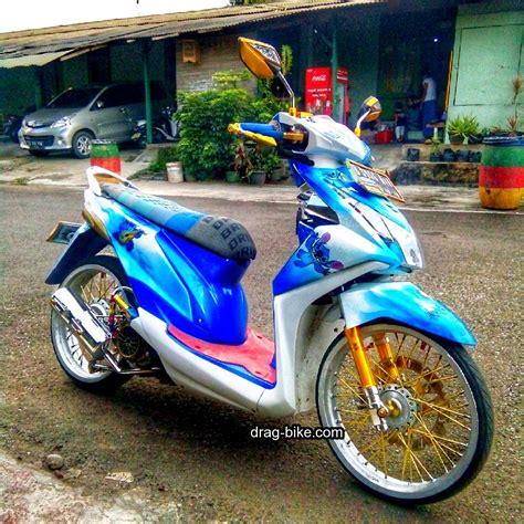 Modifikasi Motor Beat F1 by Foto Modifikasi Motor Beat F1 Modifikasi Yamah Nmax