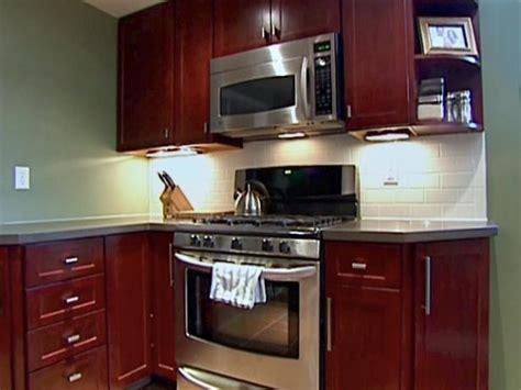 kitchen catch up how to kitchen catch up how to install cabinets hgtv