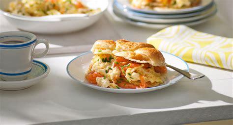 smoked salmon scrambled egg croissants recipe