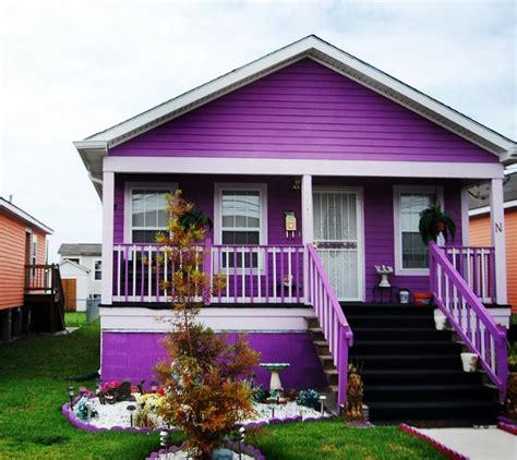 Rumah Tanggaku Indah Mempesona 18 warna cat rumah ungu yang cantik indah dan mempesona 2018 rumah minimalis