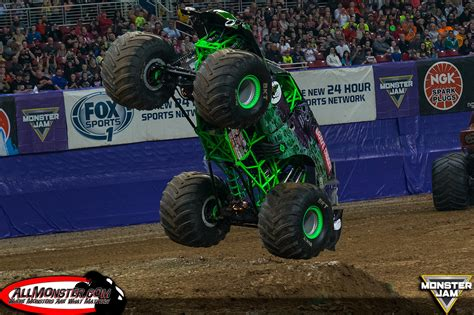st louis monster truck show bradshaw and meents stand tall in st louis monster jam