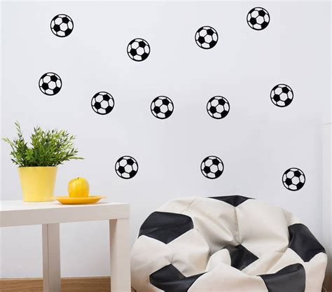 wallpaper dinding kamar bola 41 motif wallpaper dinding kamar tidur terbaru 2018