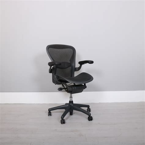 aeron miller chair sizes herman miller standard size b aeron chair aeronworks