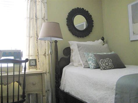 hgtv ideas for small bedrooms 9 tiny yet beautiful bedrooms hgtv