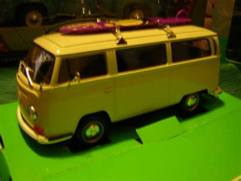 Greenlight Vdub Series Volkswagen T2 1 kombi in gauteng value forest