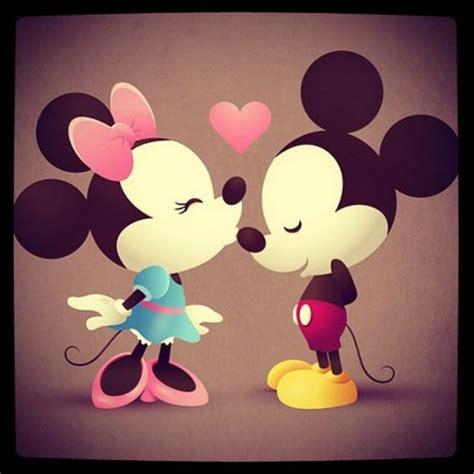 imagenes de mickey mouse y mimi en blanco y negro imagenes de miki maus de amor