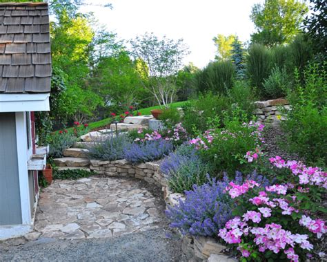 Prepare Your Yard For Spring With These Easy Landscaping Backyard Flower Garden Ideas