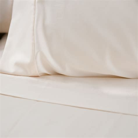 Don Lawija Organic Cotton perfectlinens launches organic sheets that don t expose sleepers to hazardous chemicals at