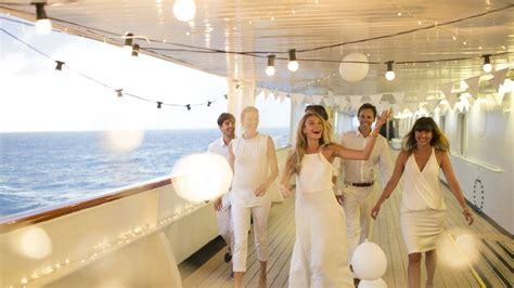 cruise dress codes   pack   cruise escape