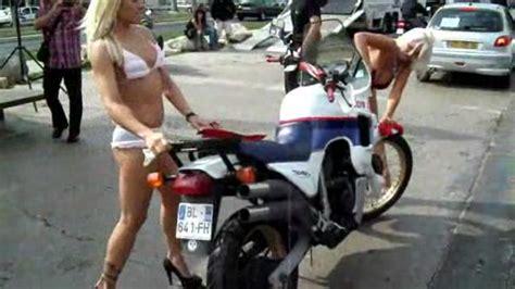 Lustige Motorrad Filme Videos by Bike Wash M 228 Dels Wenn Ihr Euch Im Bett So Anstellt Wie