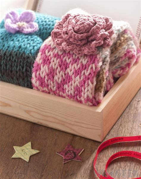 easy knitting crafts what are the some easy knitting projects with pictures
