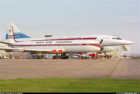 4 Dan Air de havilland dh 106 comet 4 dan air aviation photo 0759325 airliners net