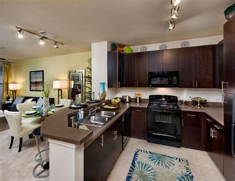 Two Bedroom Apartments In Florida by 5 West Apartments Five West In Ta Fl 1 2