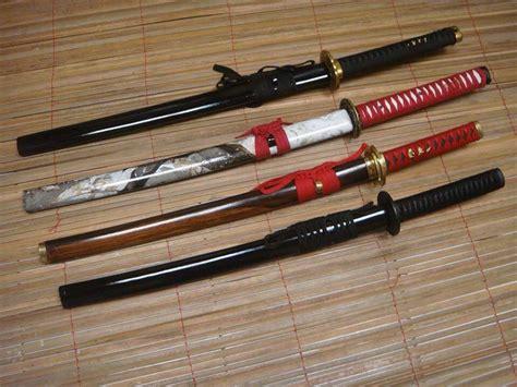Jual Pisau Kerambit Surabaya jual golok pencak silat toko pedang senjata tradisional