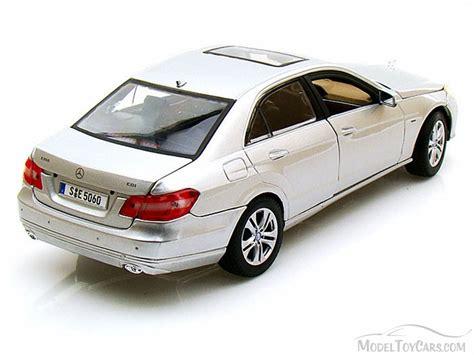 Mercedes E Class Coupe Diecast Miniatur 2009 mercedes e class w sunroof silver maisto 31172 1 18 scale diecast model car